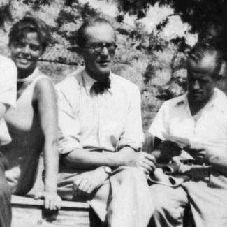 Charlotte Perriand, Le Corbusier, Pierre Jeanneret, image via Wikipedia