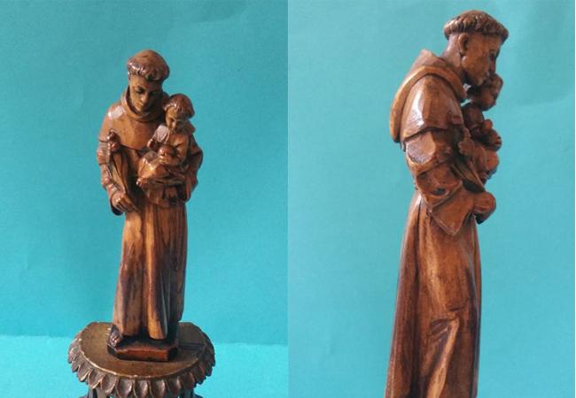 Skulptur av Antonius av Padua. Foto: Catawiki.