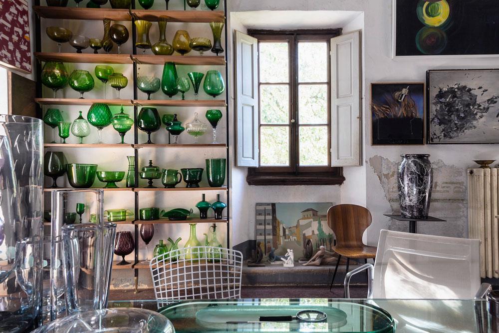 En del av Borettis samling Empoli-glas. © Francesca Anichini.