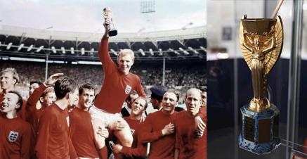 """Gauche : victoire de l""""Angleterre en 1966, droite : La coupe Jules Rimet de 1966 au National Museum of Football, image ©Jason Lock Photography"""