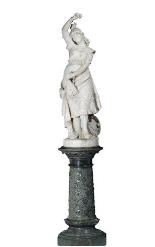 FORTUNATO GALLI (1850-1918) - Carmen, Marmor, Säule aus grünem Marmor, H: 127 cm, Säule: 69 cm, um 1885 Schätzpreis: 12.000-15.000 EUR