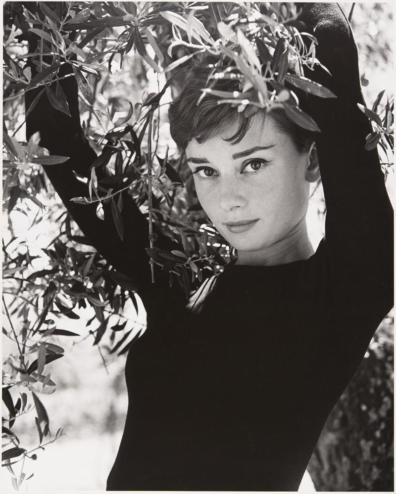 Philippe Halsman. Audrey Hepburn (1955). © 2016 Philippe Halsman Archive / Magnum Photos