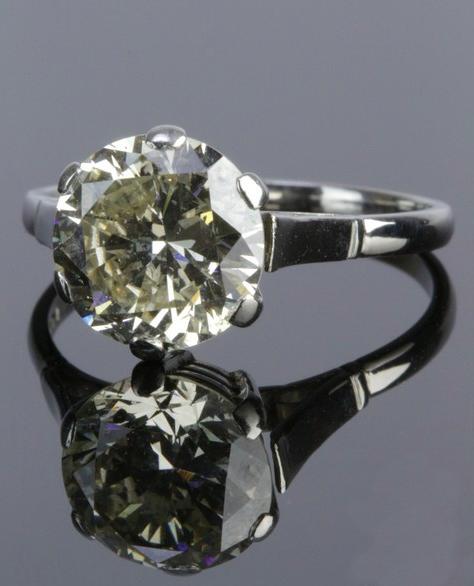 Platinum Diamond Single-stone Ring. Photo John Pye Auctions