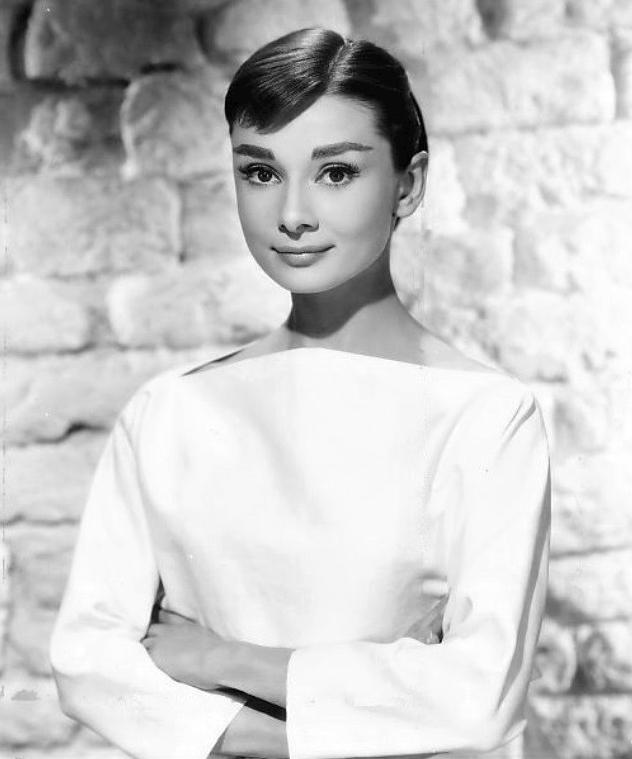 Audrey Hepburn en 1956 Photo: Bud Fraker