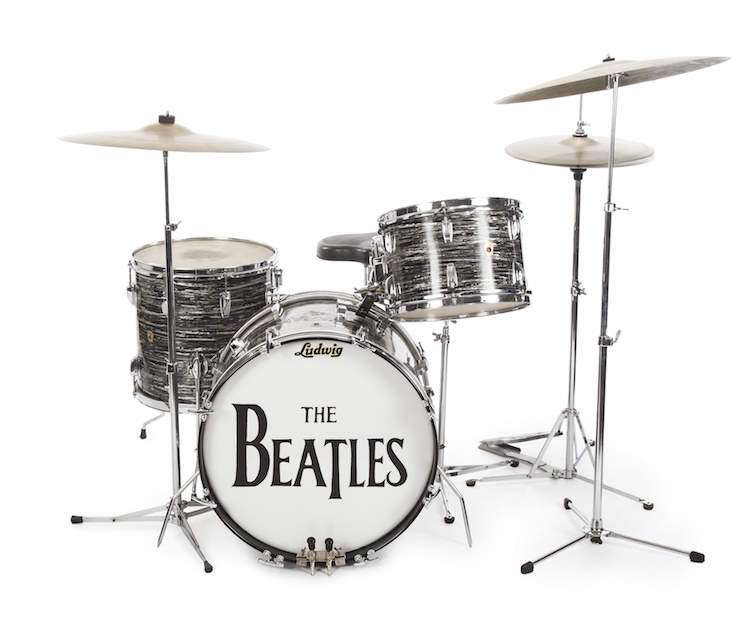 Ringo Starr's Lugwig Oyster Black Pearl 3-piece drum kit. Lot: 696. Utrop: 2.610.000 SEK
