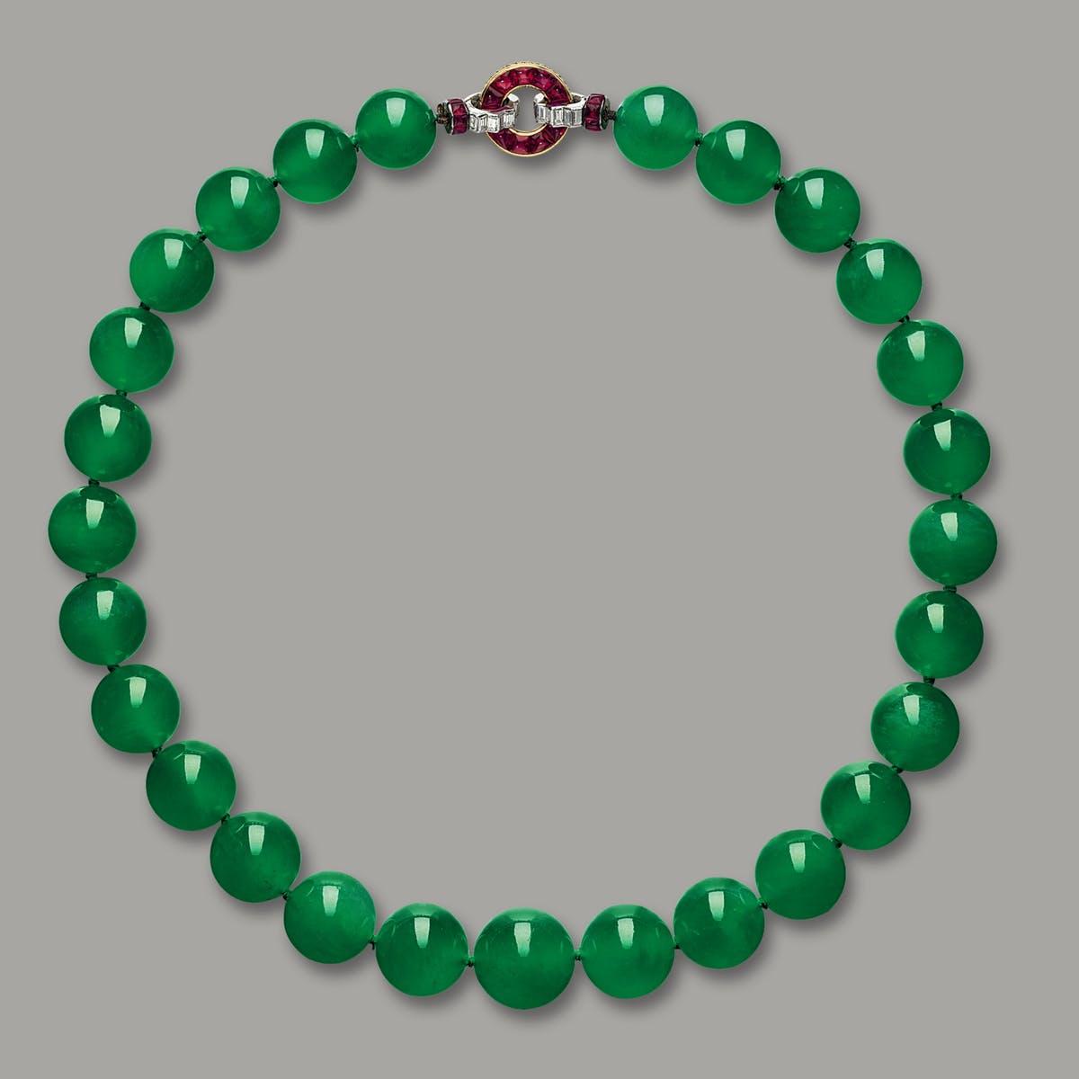 Collier vente record pour un bijou en jadéite et pour Cartier, image ©Sotheby's