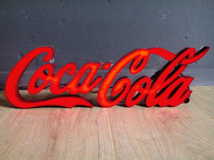 Enseigne lumineuse Coca-Cola, années 2000