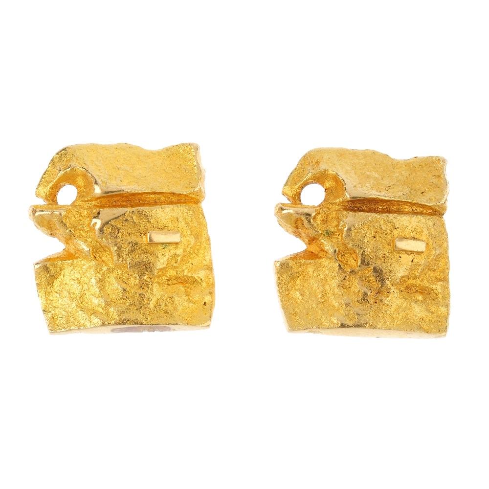 1960年代Lapponia品牌設計的 18克拉黃金袖扣。圖片資訊:Fellows Antique & Modern