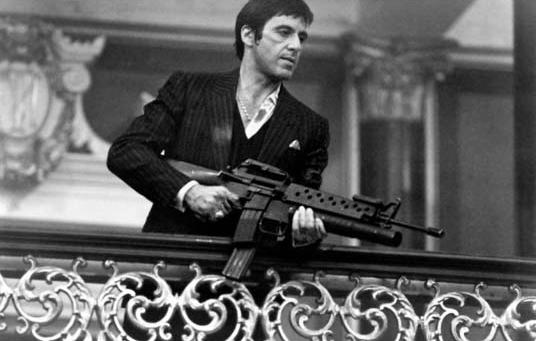 Al Pacino som Tony Montana i Scarface.