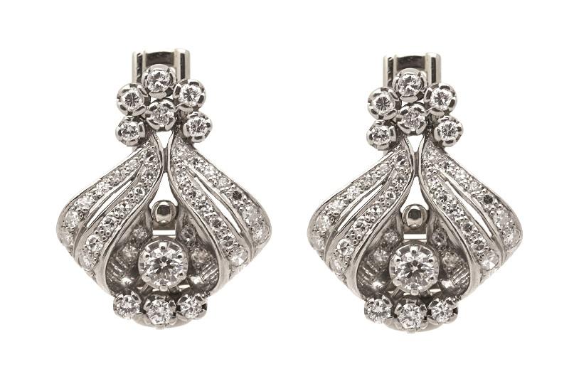 Pendientes en oro blanco cuajados de diamantes