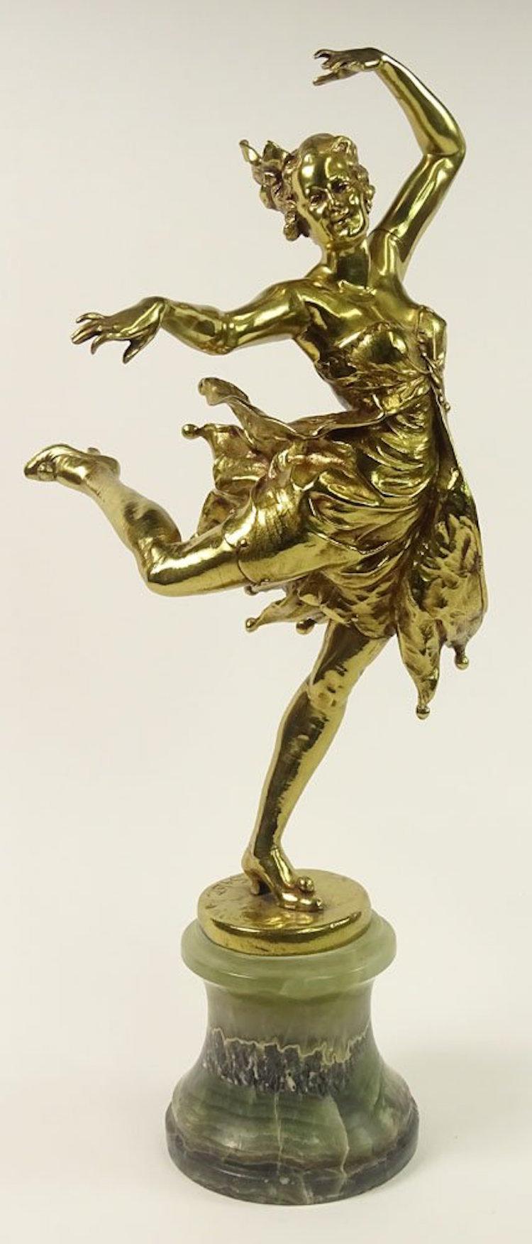 "Leon Salat (Early 20th Century), Continental School Bronze Sculpture on Onyx Plinth ""Dancer"". Estimate $500 – $700. Photo via Kodner Gallery"