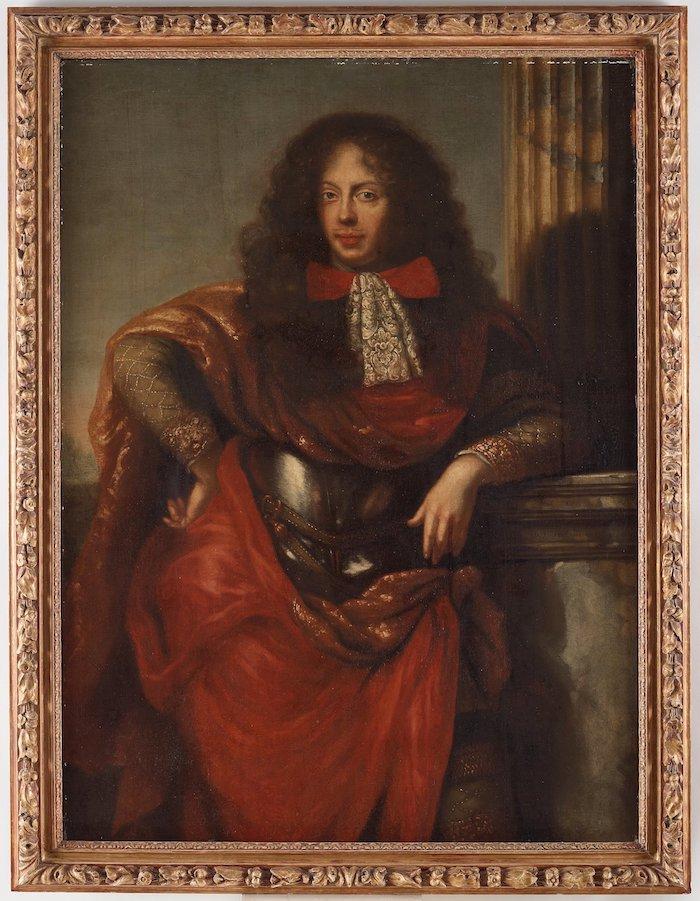 """DAVID KLÖCKER EHRENSTRAHL REPLIK, GENERALLÖJTNANT NILS BIELKE (1644-1716). Signerad D Klöcker Ehrenstrahl fecit. Uppfodrad duk 134 x 99 cm. Transkriberad påskrift a tergo """"B: N-o 14 Kongl. maijestets Sweries Rikesrådig Feltmarscalk och Generalgoüeneïur Nils Bielke grefwe till Salstad"""". Samtida bronserad ram. FÖLJERÄTT Nej PROVENIENS Säbylund, Närke. UTROPSPRIS 100 000 - 125 000 SEK/10 351 - 12 939 EUR"""