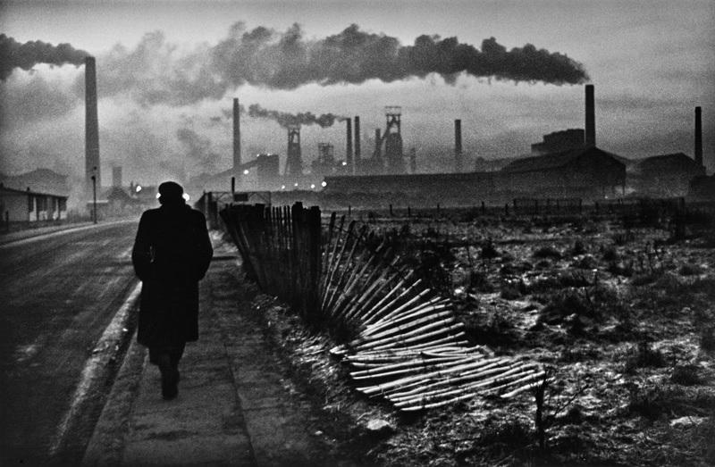Don McCullin, Petit matin, West Hartlepool, comté de Durham, 1963. Avec l'aimable autorisation de l'artiste et de la Hamiltons Gallery, Londres.
