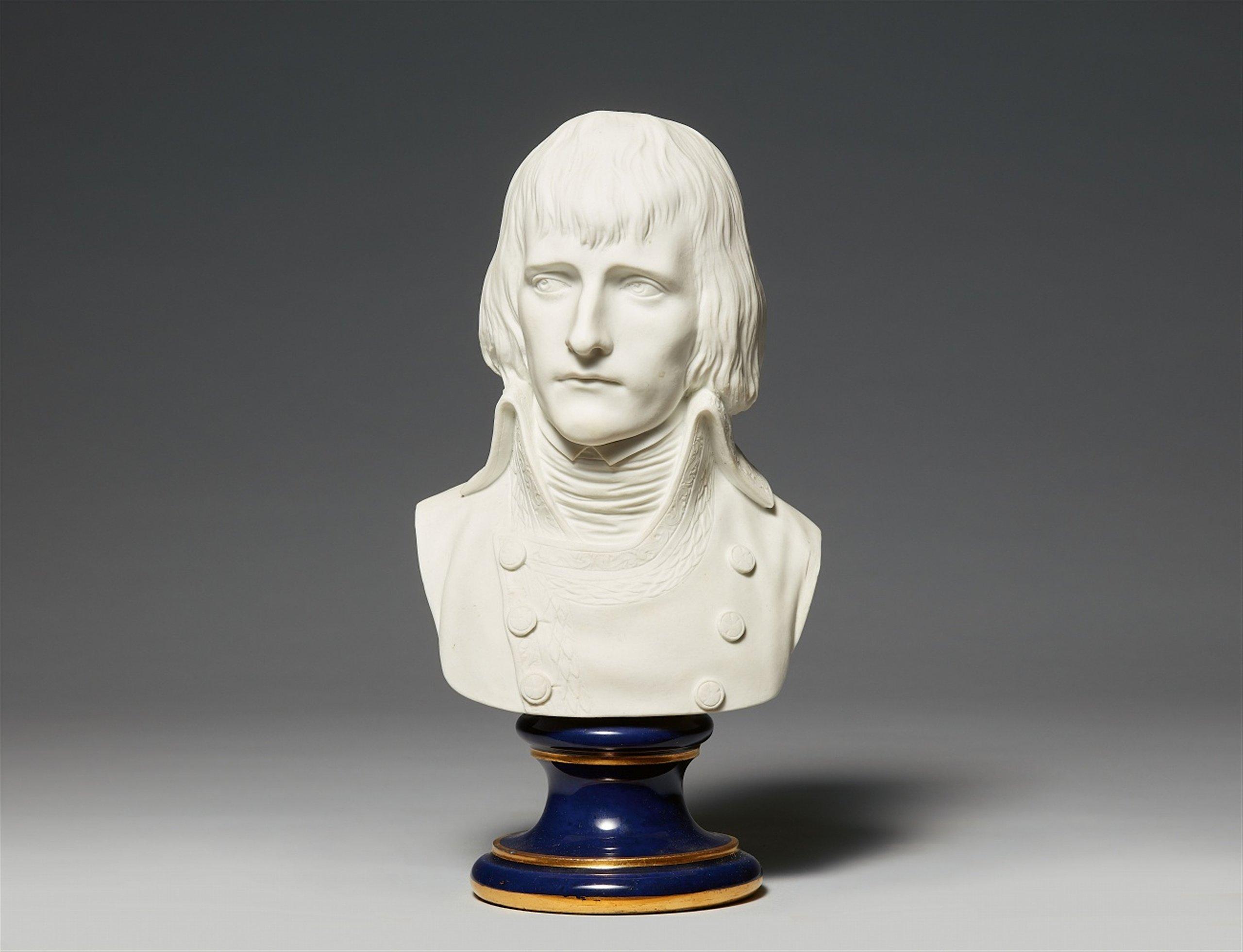 Buste de Napoléon en porcelaine de Sèvres, 1793, probablement d'après un modèle de Louis Simon Boizot, image © Lempertz