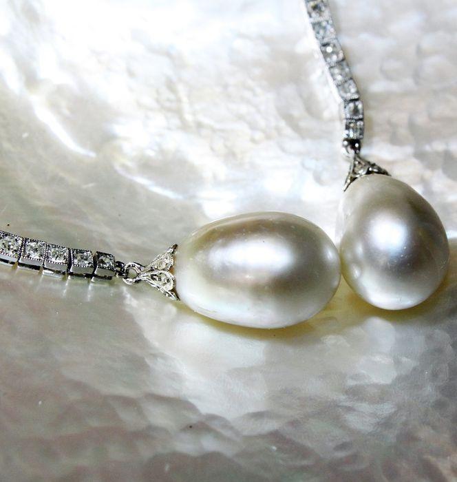 Boucles d'oreilles avec perles naturelles d'environ 10 × 15 mm, platine, diamants de 3 cts –