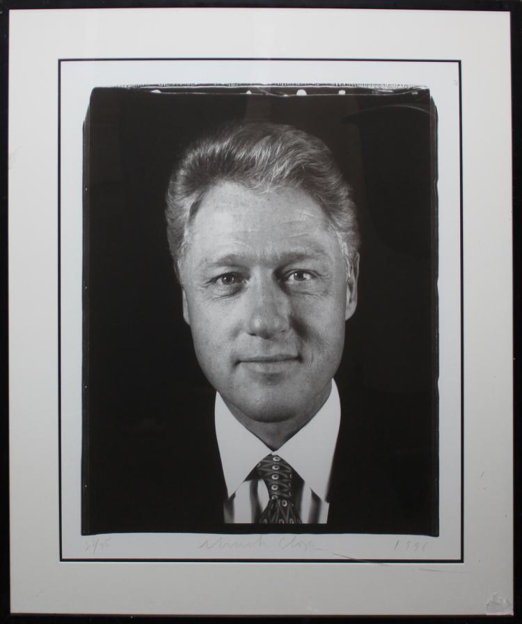 CHUCK CLOSE. Sin título (Presidente Clinton) (1996). A la venta en Great Dane Auctions