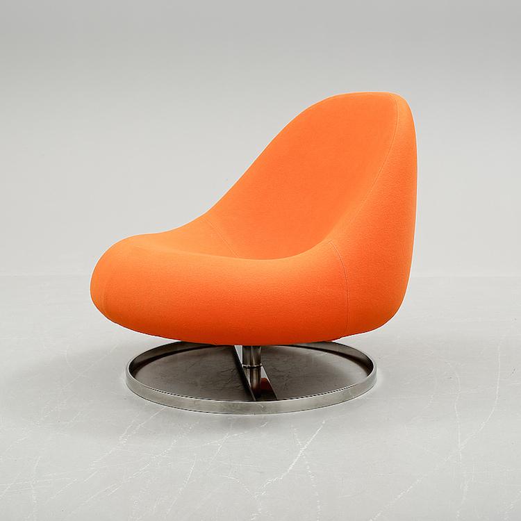 "Fåtölj. ""Flow"", Johansson design, 2000-tal. Utrop: 2 500 SEK. Bukowskis market"