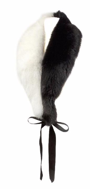 Christian Dior haute couture circa 2012/2013 Etole en renard lustré noir et renard blanc Tessier Sarrou
