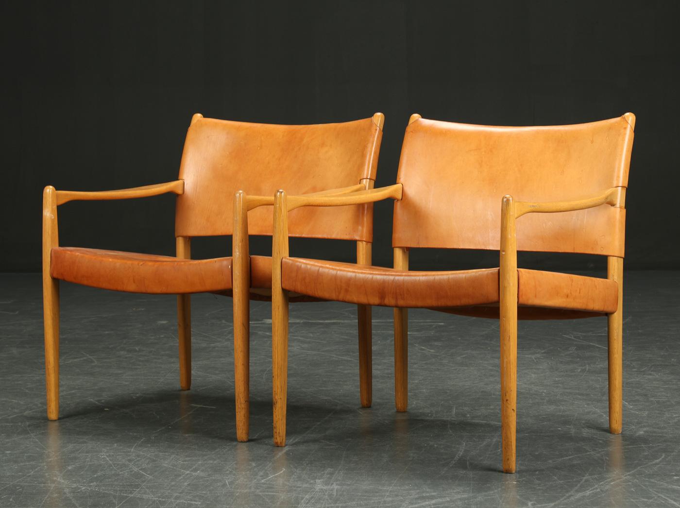 """Deux fauteuils """"Premiär-69"""" par Per-Olof Scotte pour IKEA, années 1950 Adjugés 2 100 EUR le 25 octobre 2015 par Lauritz"""