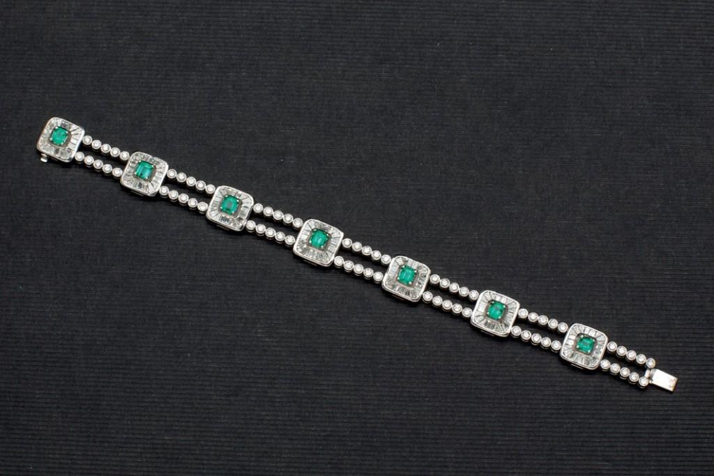Weißgold-Armband mit kolumbianischen Smaragden (3,05 ct) und Brillanten (7,95 ct) Startpreis: 9.500 EUR