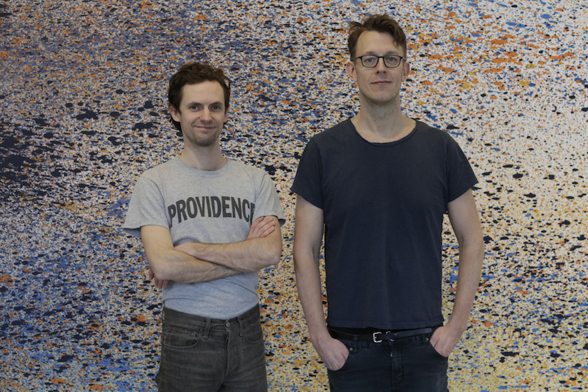 Till vänster, Oscar Carlsson