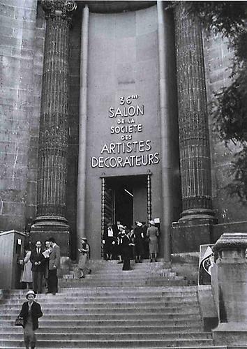 Le 36ème Salon de la société des Artistes Décorateurs - Grand Palais, 1952 Image via Pinterest