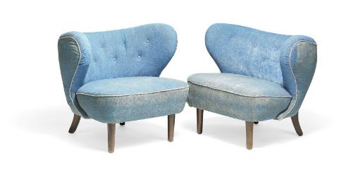 Attribué à Viggo Boesen: un canapé deux places et une paire de fauteuils assortis Bruun Rasmussen