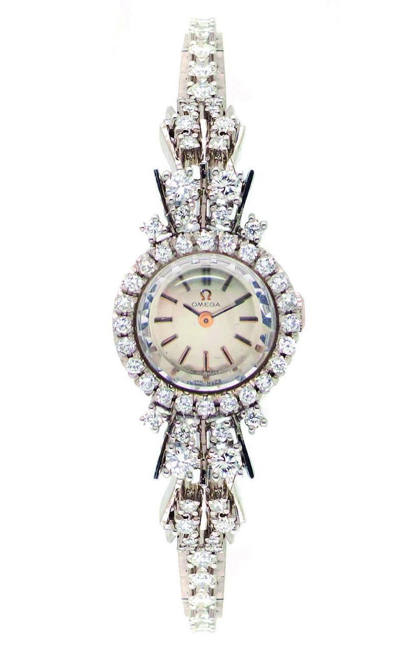 Reloj OMEGA en oro blanco con diamantes (c. 1960)