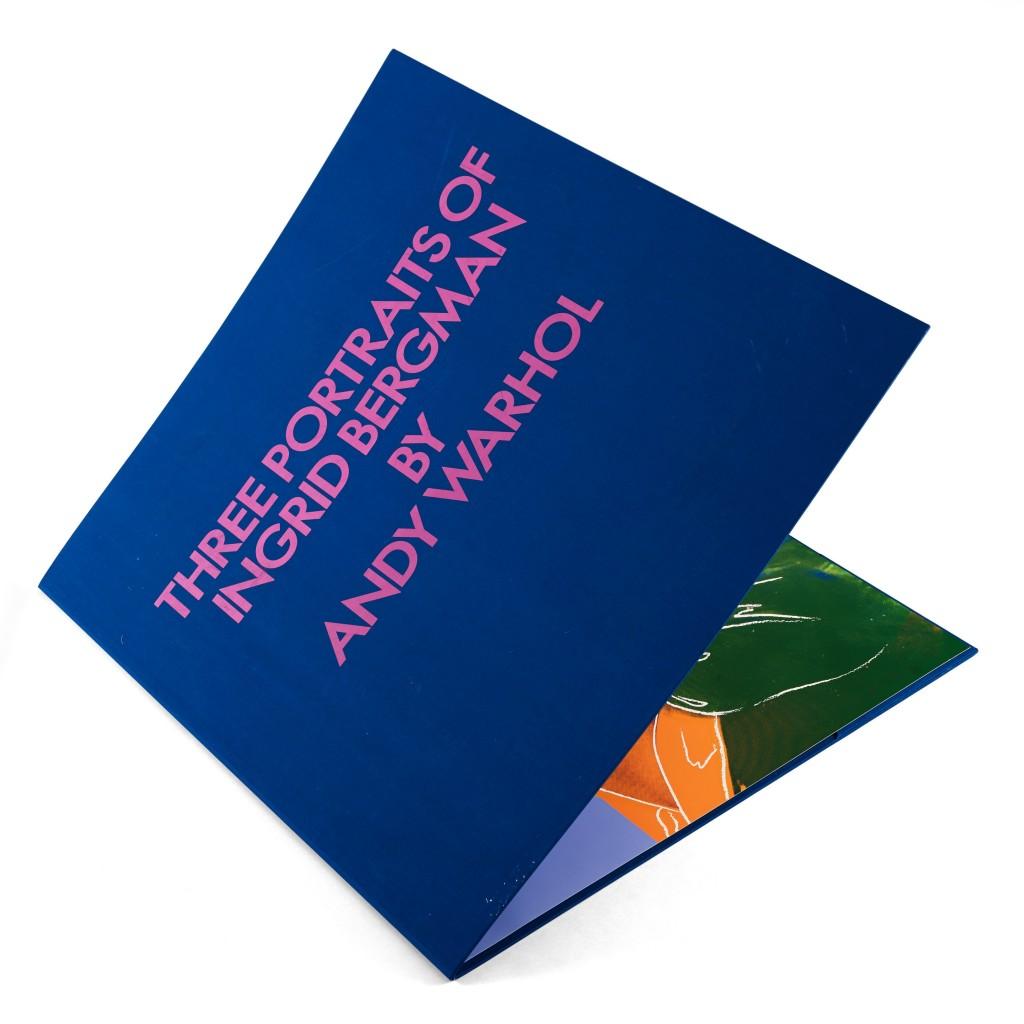 """Andy Warhol, """"Ingrid Bergman""""  En vente chez Bukowskis Ensemble complet de trois prints de 1983, chacun signé et numéroté 85/250 Imprimé par Rupert Jasen Smith, New York, publié par la Galerie Börjeson, Malmö. L./S. 96,5 x 96,5 cm."""