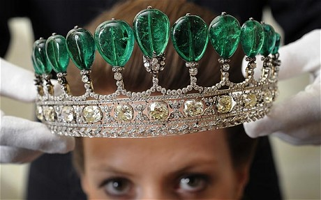 Das Donnersmarck-Diadem mit den Smaragden von Kaiserin Eugénie   Foto: The Telegraph