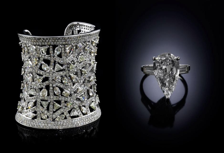 Links: Armspange aus Weißgold mit teilweise gelb getönten Diamanten (zus. ca. 81,55 ct) Rechts: Ring aus Platin mit Diamant im Tropfenschliff (4,25 ct) und weiteren Diamanten