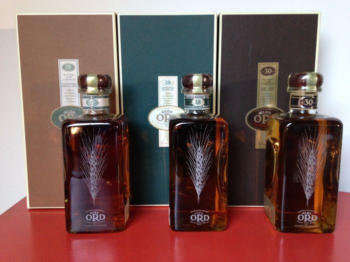 3 Flaschen Glen Ord Highland Single Malt Scotch Whisky Distillery Bottling, 30, 28 und 25 Jahre alt