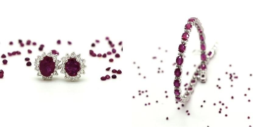 Till vänster: ett par örhängen, vitt guld, rubiner och diamanter. Höger: Armband med rubiner och diamanter.