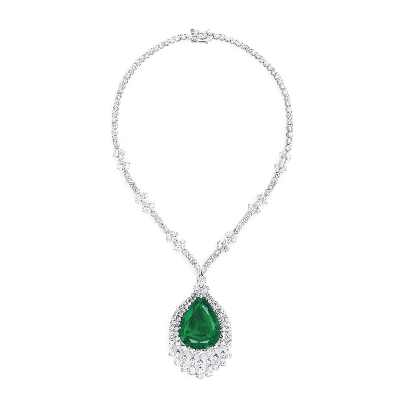 Le pendentif émeraude qui sera vendu chez Christie's le 15 mai, image © Christie's