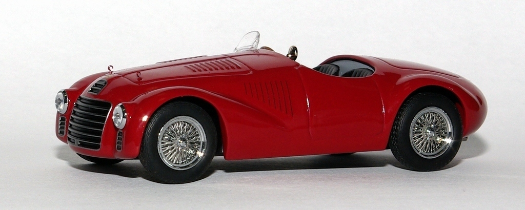 Ferrari 125 S | Foto via mDiecast.com