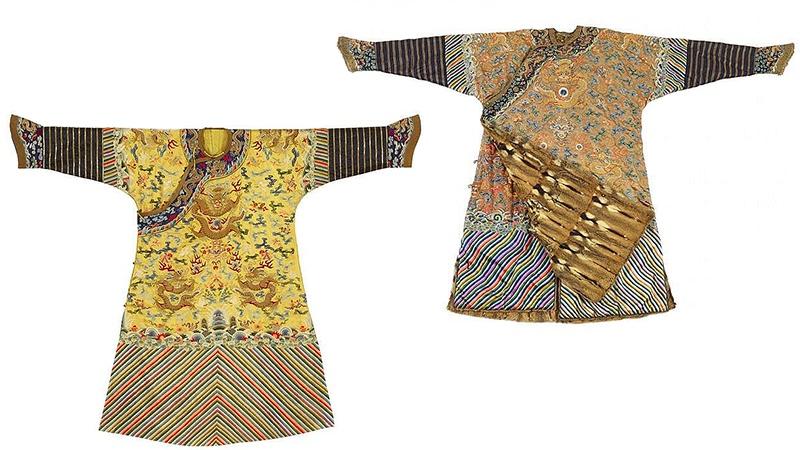 Links: Drachenrobe (jifu), bestickter gelber Satin, spätes 19. Jh. Rechts: Neun-Drachen-Robe (jifu) für den Winter, bestickte Seide, Fell, 19. Jh.