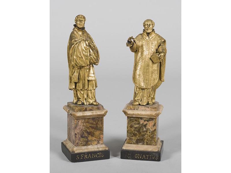 Escuela probablemente flamenca, primer cuarto del siglo XVII, San Francisco Javier y San Ignacio. Pareja de figuras en bronce dorado sobre bases realizadas en mármol. Altura:32 cm. Precio de salida: 6.000 EUR