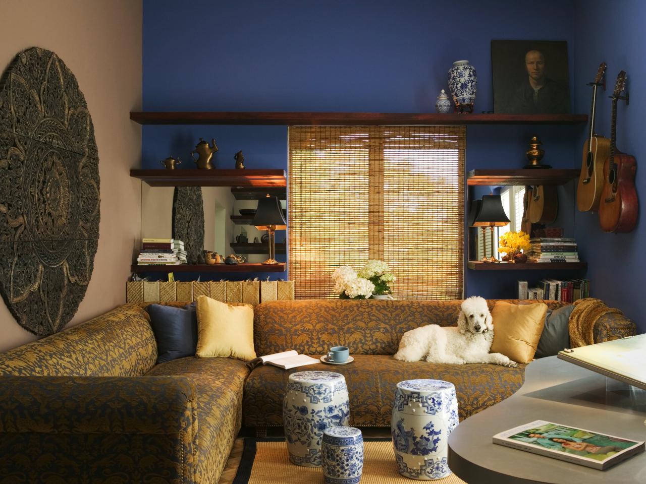 DP_Jane-Ellison-elegant-asian-style-living-room-blue-walls_s4x3.jpg.rend.hgtvcom.1280.960