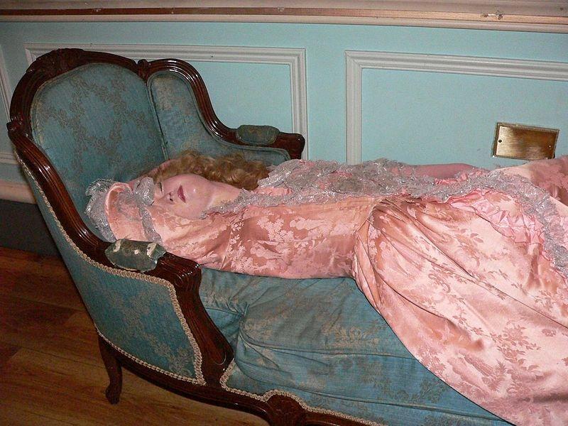 """Sleeping Beauty"" at Madame Tussaud's in London. Image: tiarasandtrianon.com"