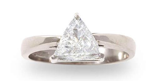 Lot 102 Bague diamant 18 carats Estimation basse: