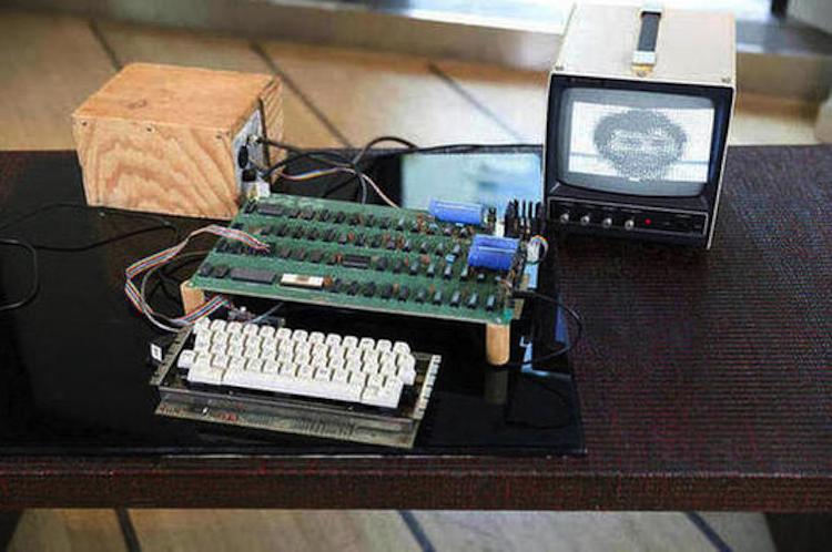 APPLE 1 COMPUTER. Estimated at $300,000 - $500,000. Bonhams