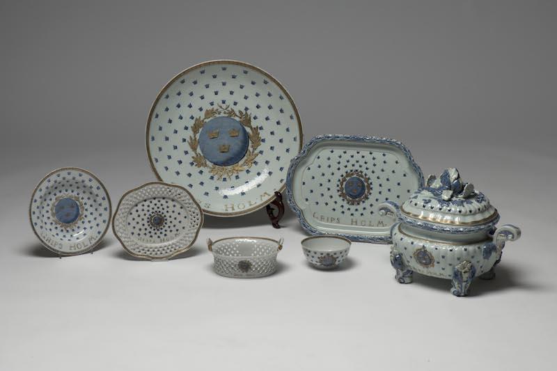 Delar ur Gustav III:s Gripsholmsservis är idag ytterst sällsynta och dyrbara samlarföremål