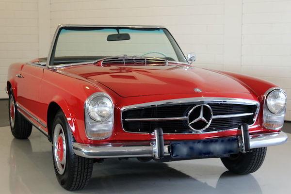 Mercedes Benz, 230SL Pagode, 1965. Utropspris: 570 000 - 745 000 kronor. Estimate: 60 000-78 500 EUR
