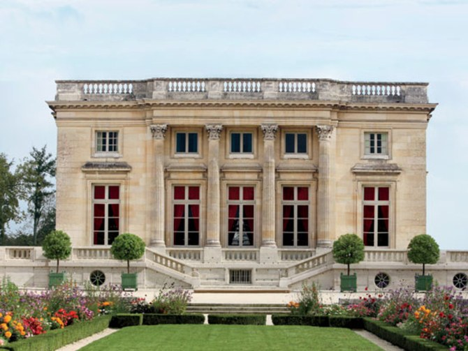 Le Petit Trianon, image via Architectural Digest