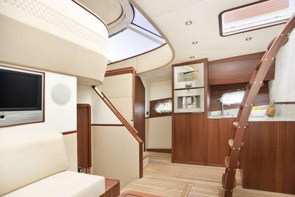 Das luxuriöse Innere der der Yacht
