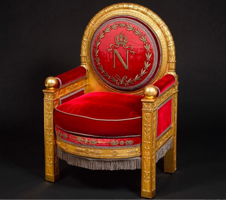 Napoleon's throne. Image via Le Parisien