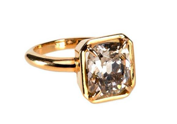 Solitär-Ring aus GG mit Altschliff-Diamant (4,50 ct)