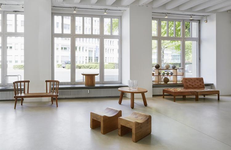 De senaste åren har efterfrågan varit enorm för Axel Einar Hjorths furumöbler från 1930-talet
