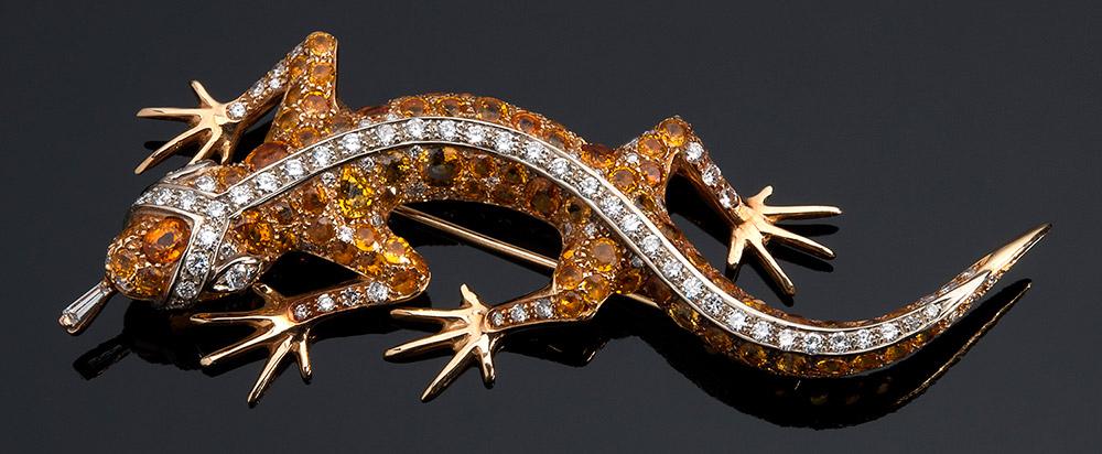 Brosche aus Gelbgold mit gelben Saphiren und rundgeschliffenen Diamanten (4 ct), F. MORONI, ROMA Schätzpreis: 5.000-6.500 EUR Ausrufpreis: 2.300 EUR