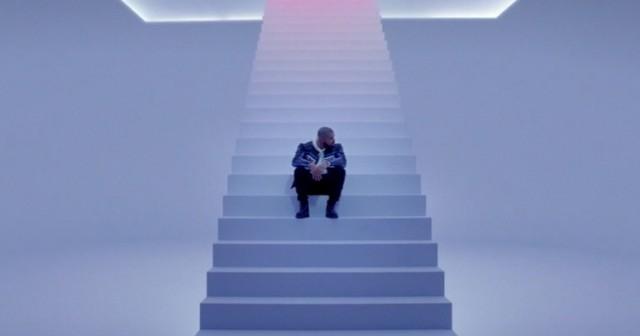 Drake, Hotline Bling. Image via YouTube